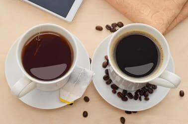 Tee, Kaffee und Kakao koennen Eisenaufnahme hemmen