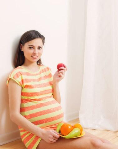 Gesunde Ernärung in der Schwangerschaft mit Obst